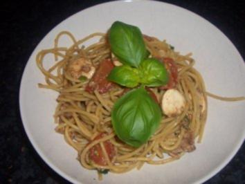 Salate  : Mediteraner Spaghettisalat