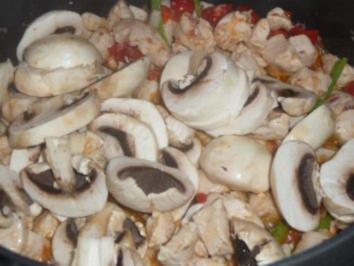 Rezept: Turbo - Geflgelgulasch mit Champignons Bild Nr. 4