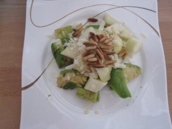 Birnen-Avocado-Salat