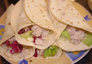 Wraps mit Thunfisch und Salat