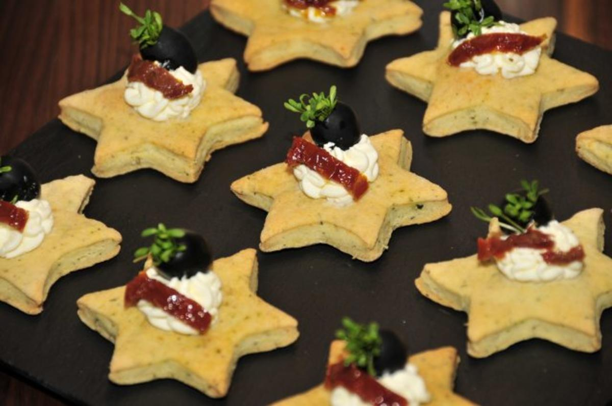 Tapas & Fingerfood Parmesansterne  Rezept  kochbarde