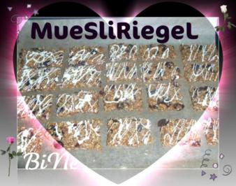 BiNe` S MUESLIRIEGEL
