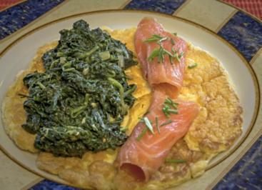 omelett mit lachs und blattspinat rezept. Black Bedroom Furniture Sets. Home Design Ideas