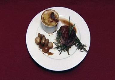 Rosmarin-Filet mit Schalotten und Trffelgratin (Paul Jahnke)
