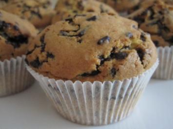 muffins mit schokostreuseln rezept mit bild. Black Bedroom Furniture Sets. Home Design Ideas