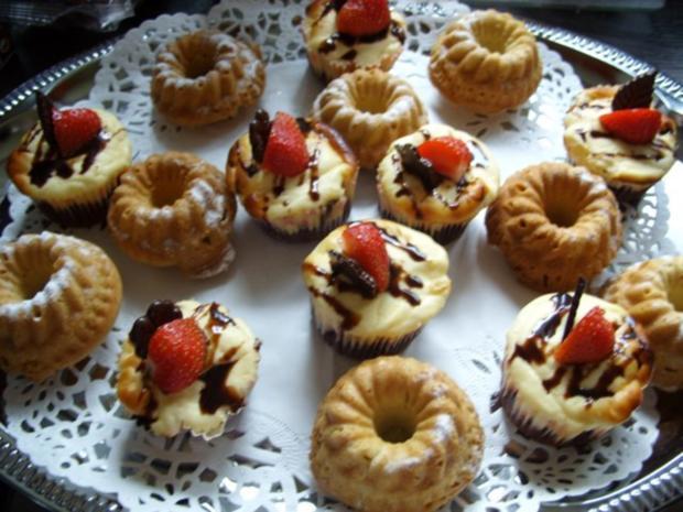Kleine Kuchen: Minigugelhupfe - Rezept mit Bild - kochbar.de