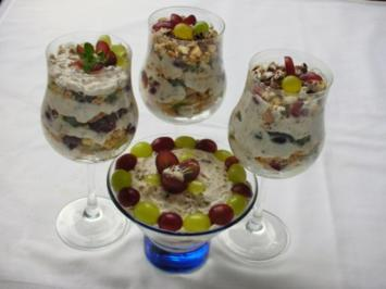weintrauben dessert mit quark joghurtcreme rezept. Black Bedroom Furniture Sets. Home Design Ideas